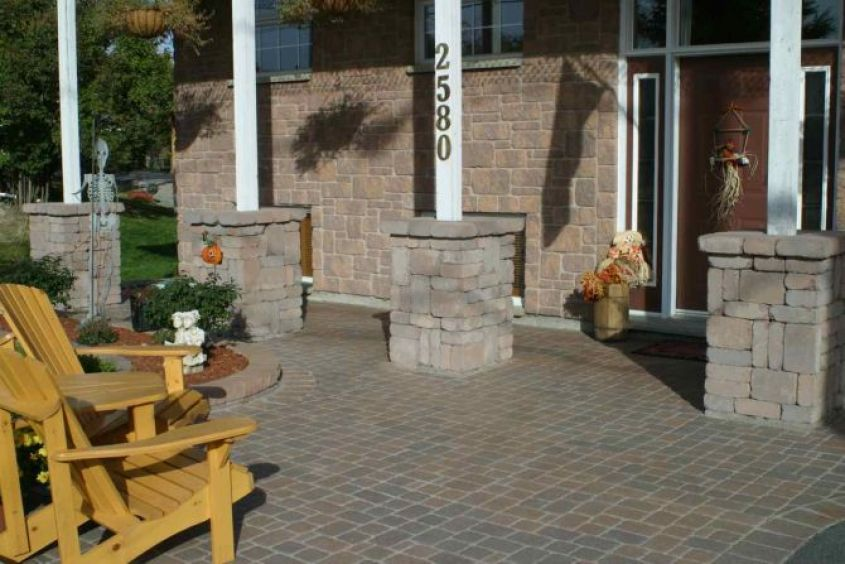Dimensional Classic Pillars Timmins-692x447