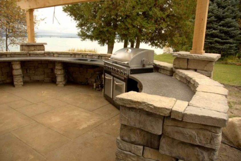 outdoor kitchen3-692x447